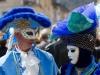 Dans la rue en bleu